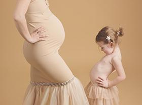 Photo grossesse Photo femme enceinte avec enfant orleans