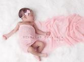 Photo nouveau-ne Photo studio de bébé princesse rose