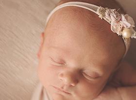 Photo nouveau-ne séance photo bébé à orleans