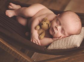 Photo nouveau-ne photographe maternité orleans