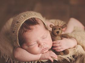 Photo nouveau-ne photographe de bébé originale