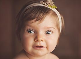 Photo bebe photographe spécialisé de la petite enfance