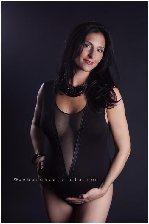 Photo Grossesse Photo De Grossesse Sexy Dans Des Teintes Noires