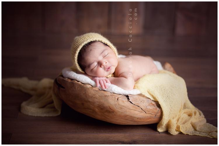 Photo Nouveau né Photographie De Bébé Dans Sa Coquille