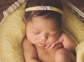 Photo nouveau-ne photographe bébé accessoires