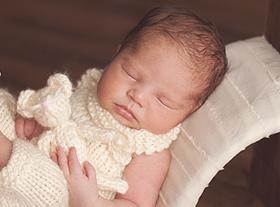 Photo nouveau-ne accessoires photographe bébé