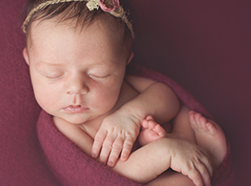 Photo nouveau-ne photographe naissance orleans