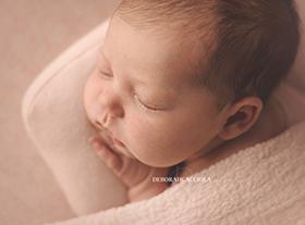 Photo nouveau-ne photographe bébé à orléans