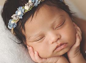 Photo nouveau-ne photographe bébé loiret